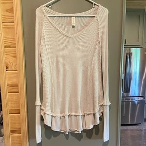 Altar'd State Long Sleeve Thermal - Cream Sz Small